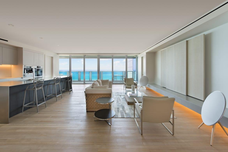 1001 Living Room